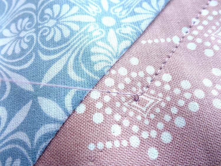 Cómo hacer una almohada acolchada: Publicación 4: Acolchado