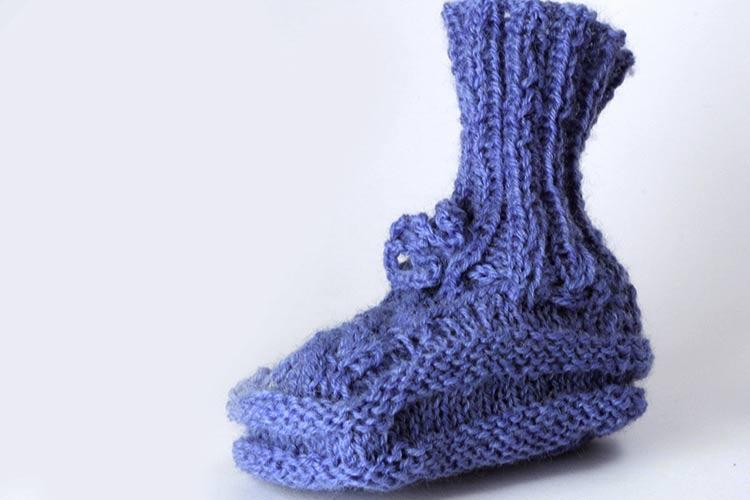 Encabezado: Como tejer escarpines de bebé